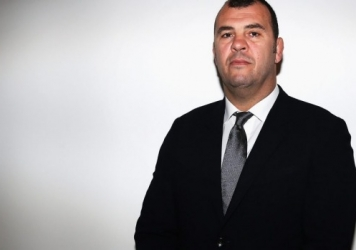 Dressmaker turned Wallabies coach? With his leadership style, I'm a worried All Blacks Supporter…